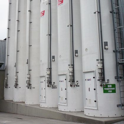 AKO pinch valves control the filling of silo systems